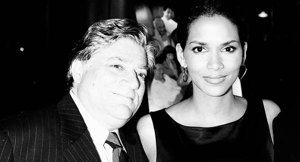 Vincent Cirrincione and Halle Berry in 2005. (Kevin Winter/Getty)