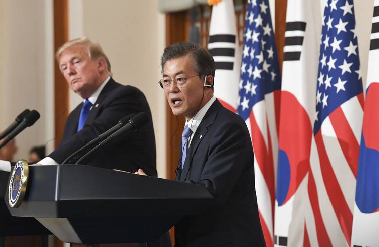 South Korean President Moon Jae-in and President Trump speak at a joint news conference.(Kim Min-Hee/European Pressphoto Agency/Shutterstock)