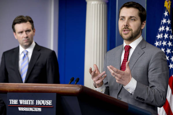 Brian Deese speaking to the media at White House briefing in March 2015. (AP Photo/Jacquelyn Martin)