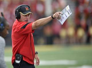 393d6ee09b0982ff0cdc4147b86f154a-320-0-70-8-Maryland_Offense_Football0dd9a.jpg