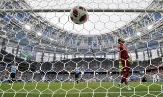 451c07311901323609340541bb00f7e0-320-0-70-8-Rex_Quarter_Final_Uruguay_vs_France_9744031JQ.jpg