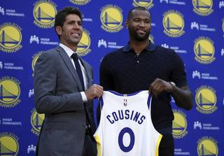 49525432e99245608ad060f380b4693c-320-0-70-8-Warriors_Cousins_Basketball_96700341a4.jpg