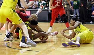4cfcb21007e942dacf4739a5d6baff02-320-0-70-8-WNBA_Finals_Basketball_97455ef814.jpg