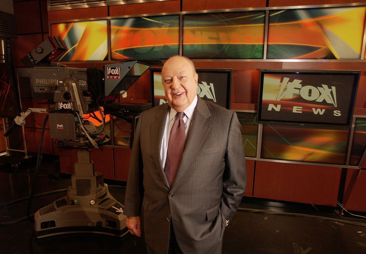 Then-Fox News CEO Roger Ailes in 2006. (Jim Cooper/AP)/p