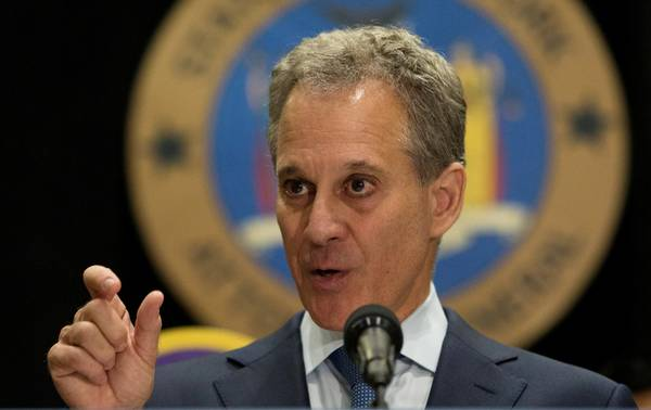New York Attorney General Eric T. Schneiderman. (REUTERS/Joe Penney/File Photo)
