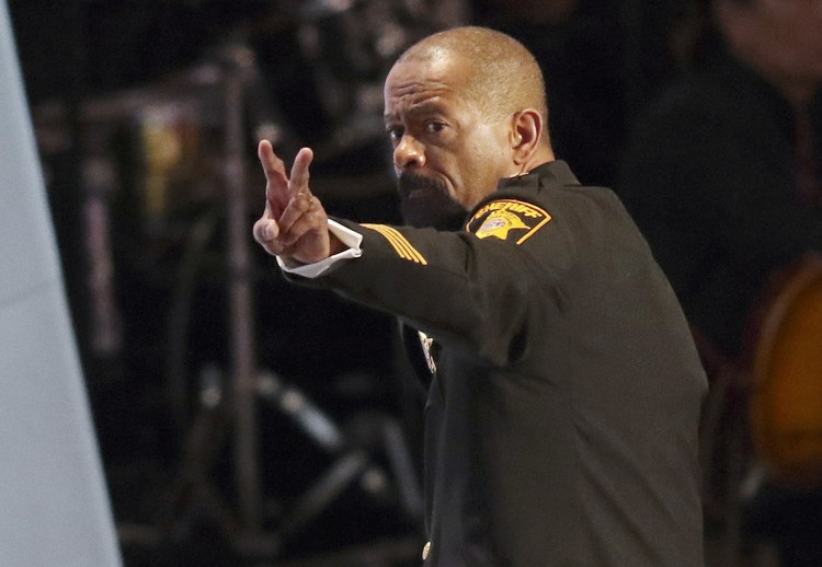 Milwaukee County Sheriff David Clarke gestures after speaking in Cleveland. (Reuters/Aaron Josefczyk)/p
