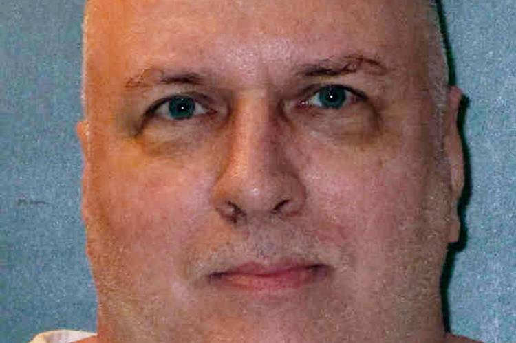 Patrick Murphy was supposed to be executed last night, but the Supreme Court blocked it at the last minute. He was convicted of fatally shooting a suburban Dallas police officer during a Christmas Eve robbery. (Texas Department of Criminal Justice/AP)