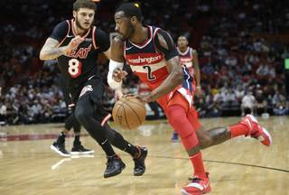 bf40d6796ca9b7c854d304ed3fc6386e-320-0-70-8-Wizards_Heat_Basketball_82702f3985.jpg