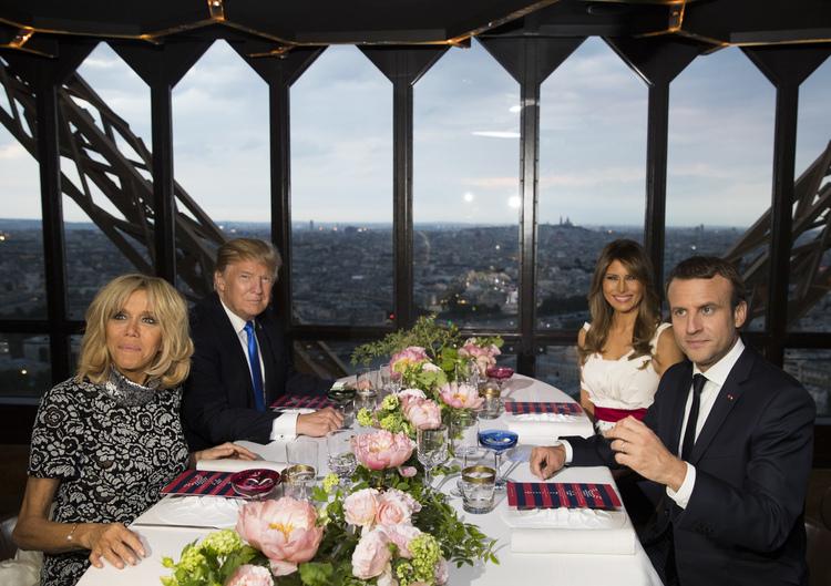 Donald and MelaniaTrump dine with Emmanuel andBrigitte Macronin Paris. (AP/Carolyn Kaster)