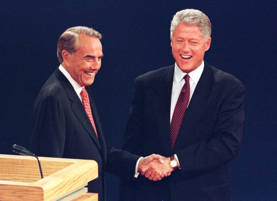 clintons 1996 presidency win Eight years ago, hillary clinton entered the white house race as the favorite to win the democratic nomination and seemed the most likely person from either party to be elected president her circumstances at first glance look similar today: she is the leading democrat and the most famous candidate.